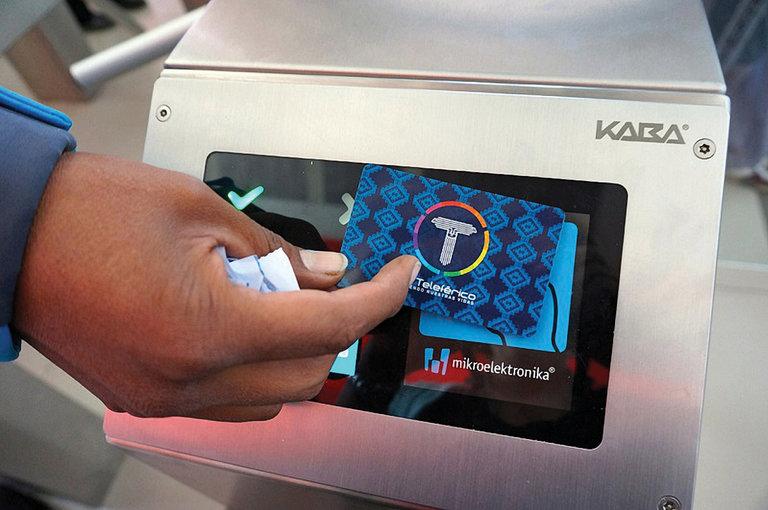 Figure 2 - Mi Teleférico electronic card reader